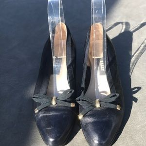 Bally Belle vintage navy leather pumps